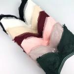 Комплект белья LuLoLa (бюстгальтер - бралетт без косточек кружевной + кружевные трусики - слипы), 3-ка  K5730