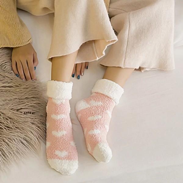 Носочки женские, Yunping, зимние махровые, в сердечко  W027